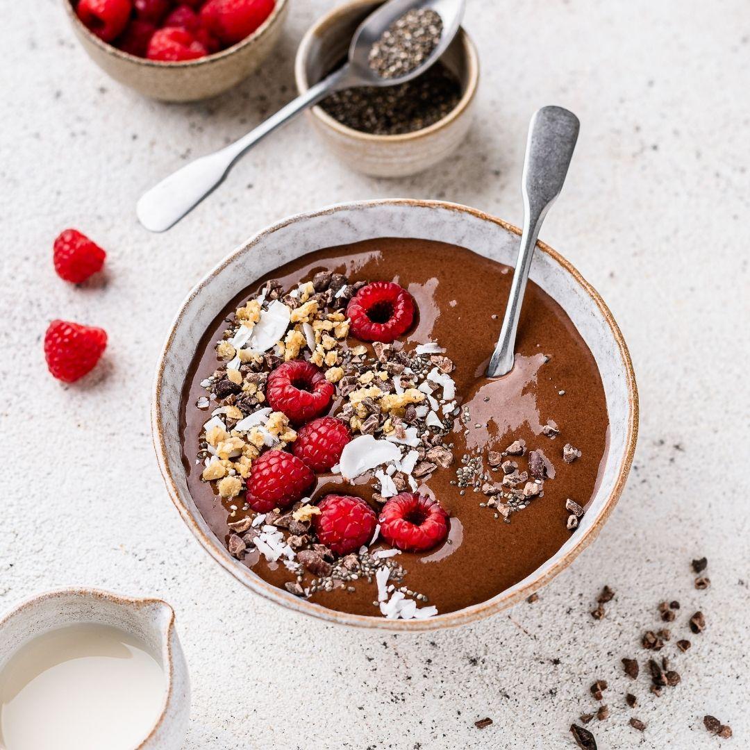 Chocolate Chia Smoothie Bowl